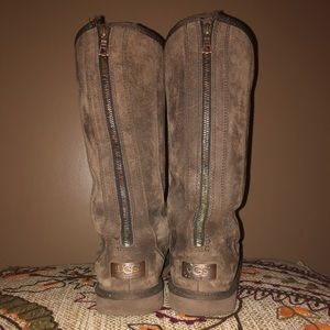Zip Up UGG Boots- Brown - Size 8